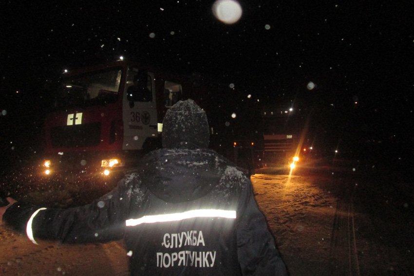 На Хмельниччині за минулу добу зі снігових заметів звільнено 10 людей, фото-2