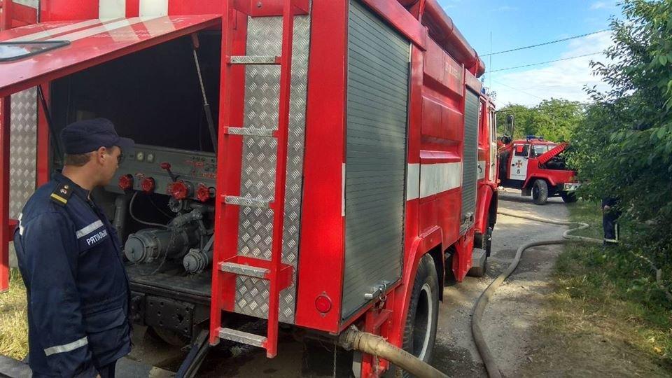 Необережне поводження з вогнем спричинило пожежу у Кам'янці-Подільському, фото-2