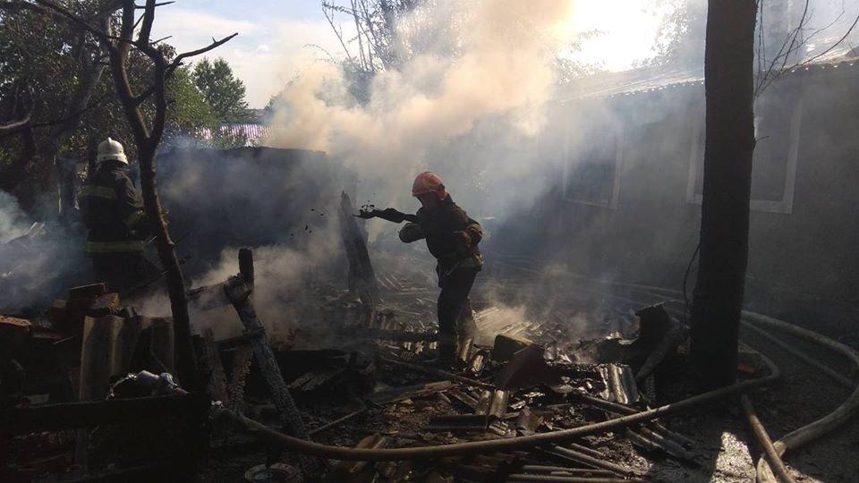 Необережне поводження з вогнем спричинило пожежу у Кам'янці-Подільському, фото-3
