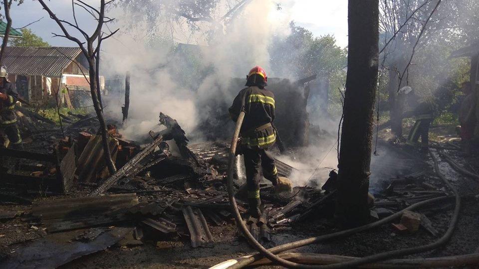 Необережне поводження з вогнем спричинило пожежу у Кам'янці-Подільському, фото-4