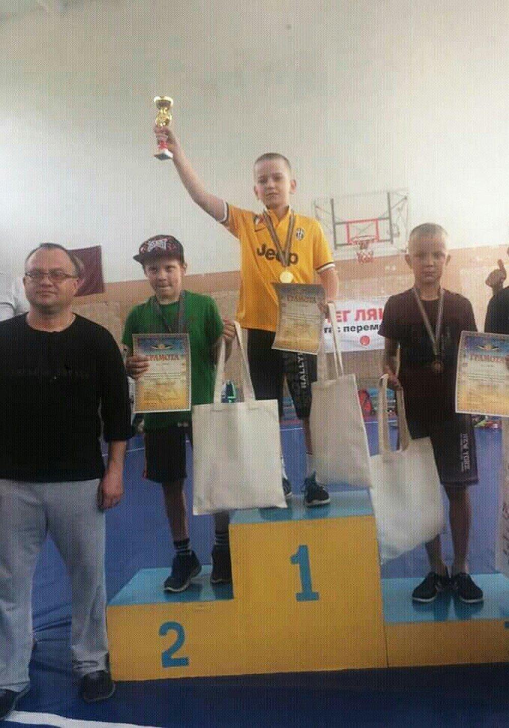 Кам'янецькі спортсмени вибороли ряд призових місць на турнірі з вільної боротьби, фото-1