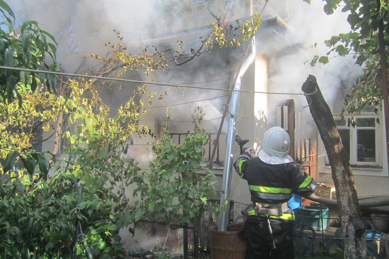 Дві пожежі і потопельник: напружений робочий день кам'янецьких рятувальників, фото-2