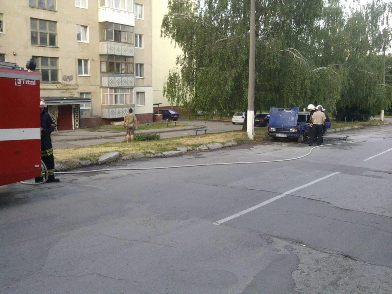 Черговий автомобіль згорів у Кам'янці-Подільському, фото-1