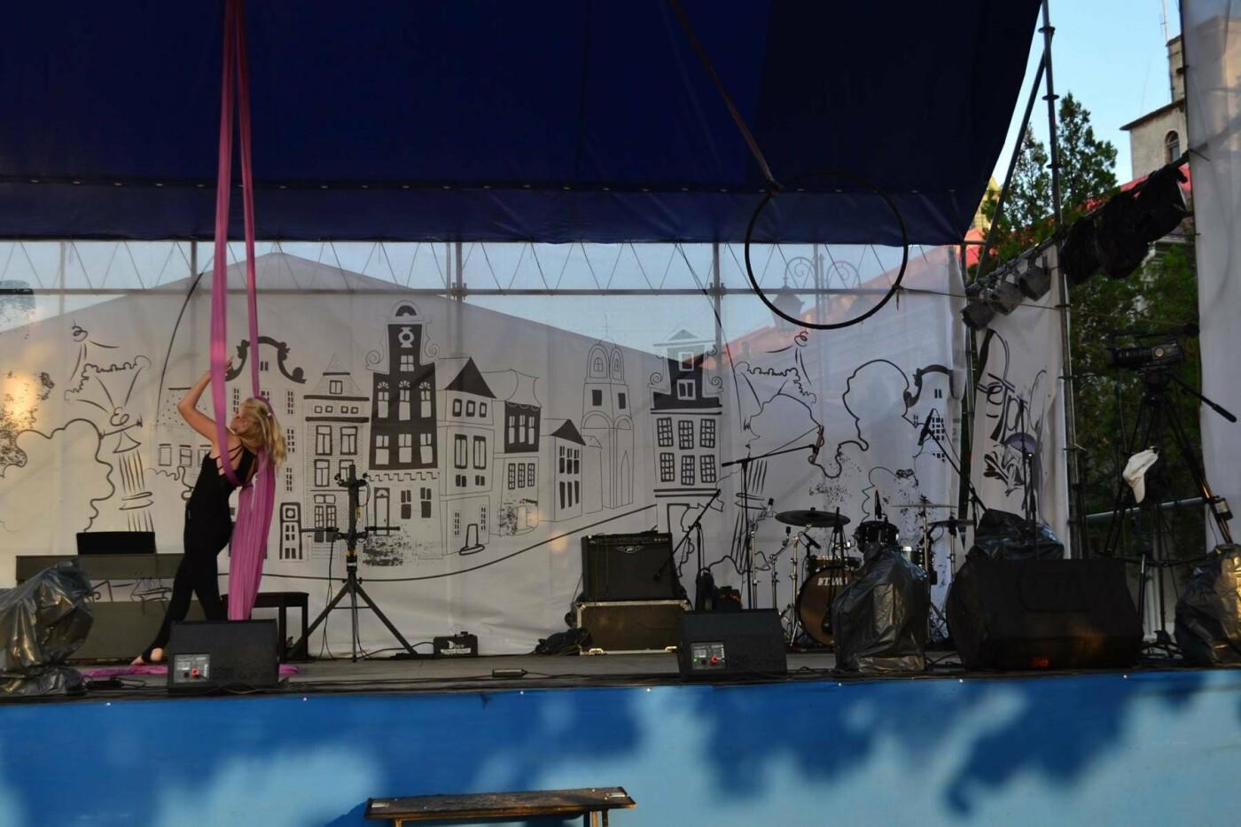 """Мандрівка в минуле: у Кам'янці пройшов фестиваль стилю """"РетроФест"""", фото-7"""