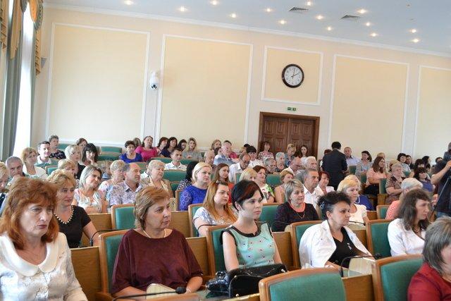 В міській раді відбулися урочистості до Дня медичного працівника, фото-14