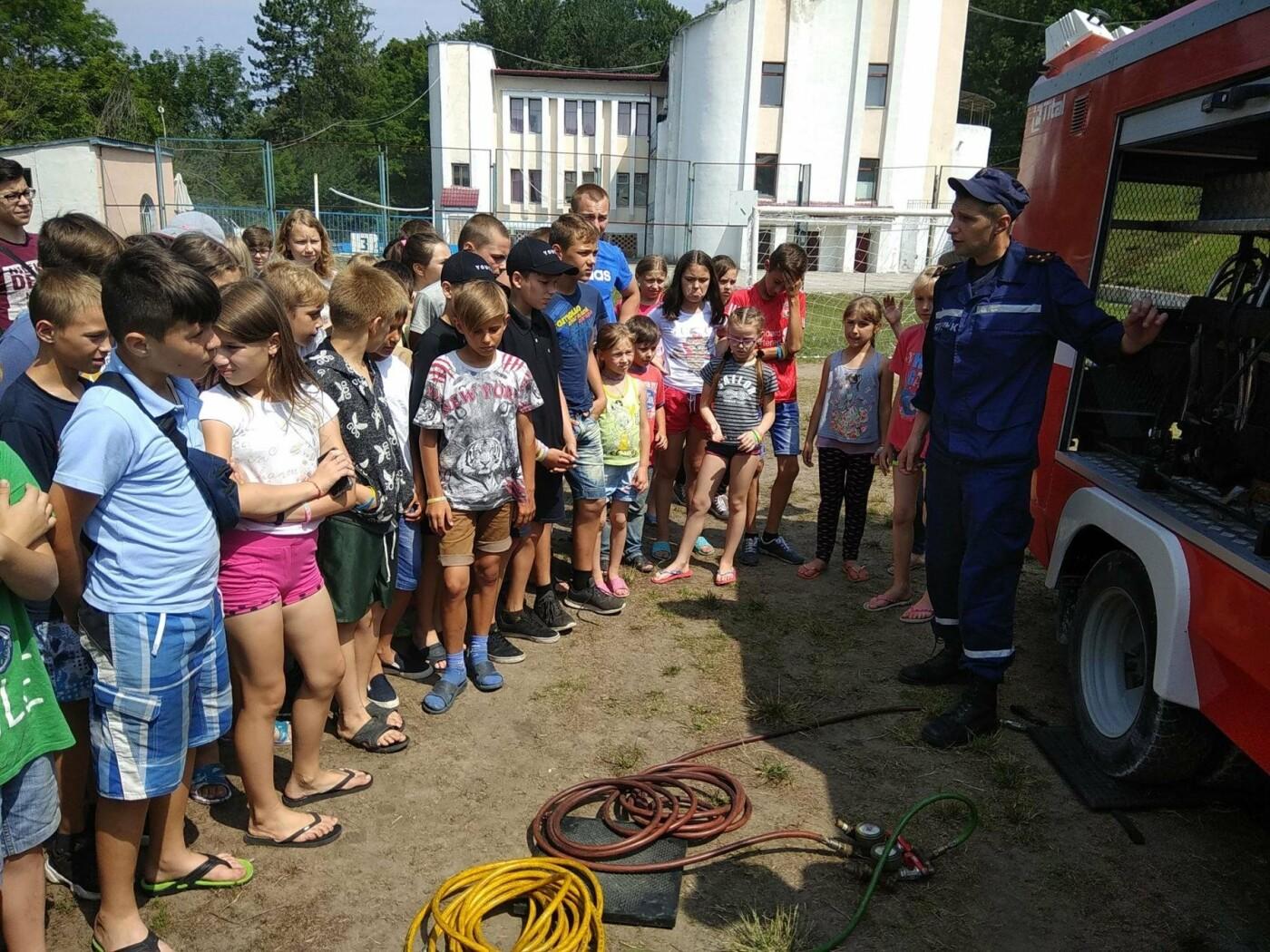 """Рятувальники завітали до """"Лісової пісні"""" аби нагадати дітям правила, що можуть зберегти життя, фото-4"""