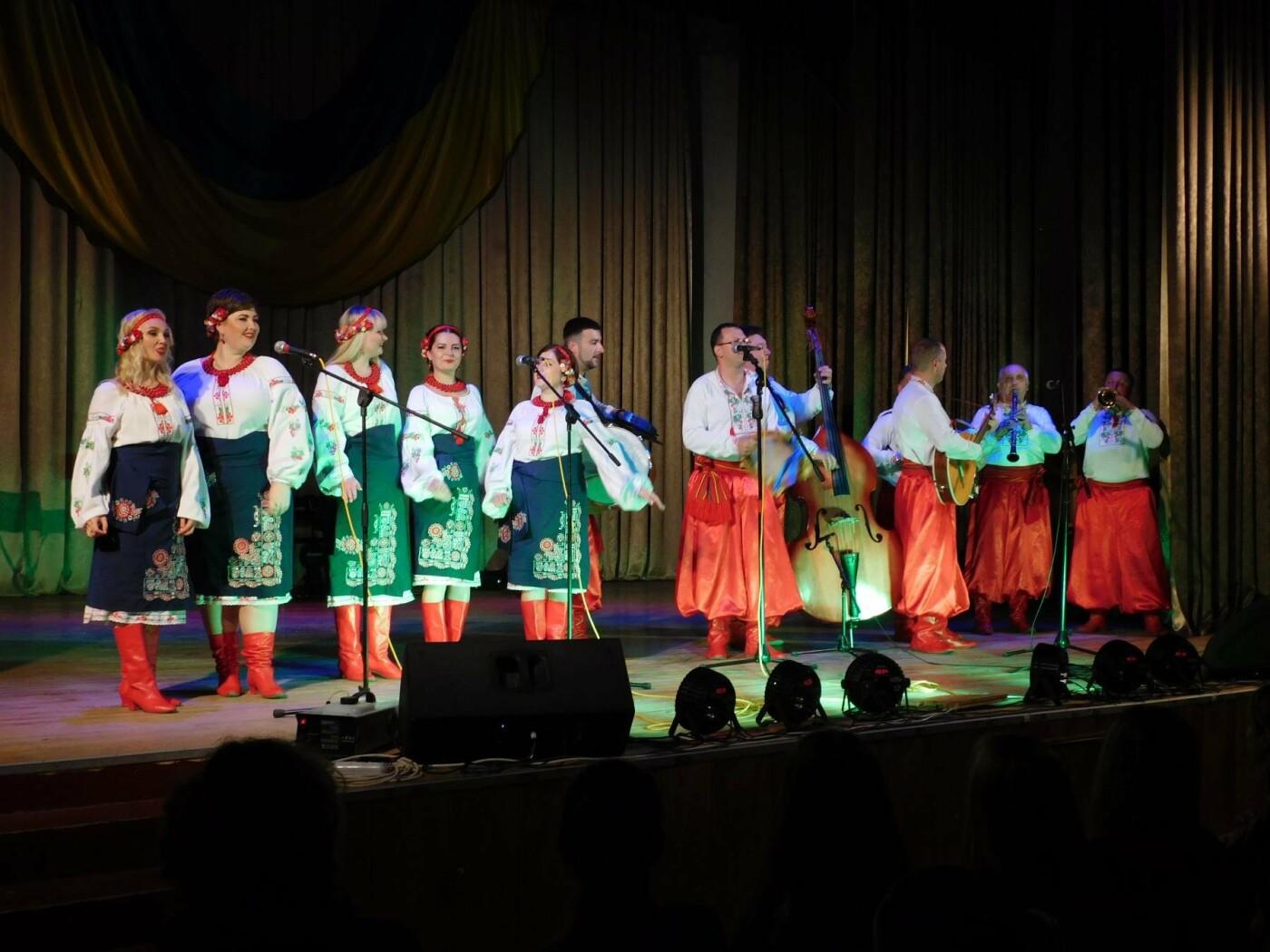 """У """"Розмаї"""" вітали державних службовців Кам'янець-Подільського району, фото-16"""