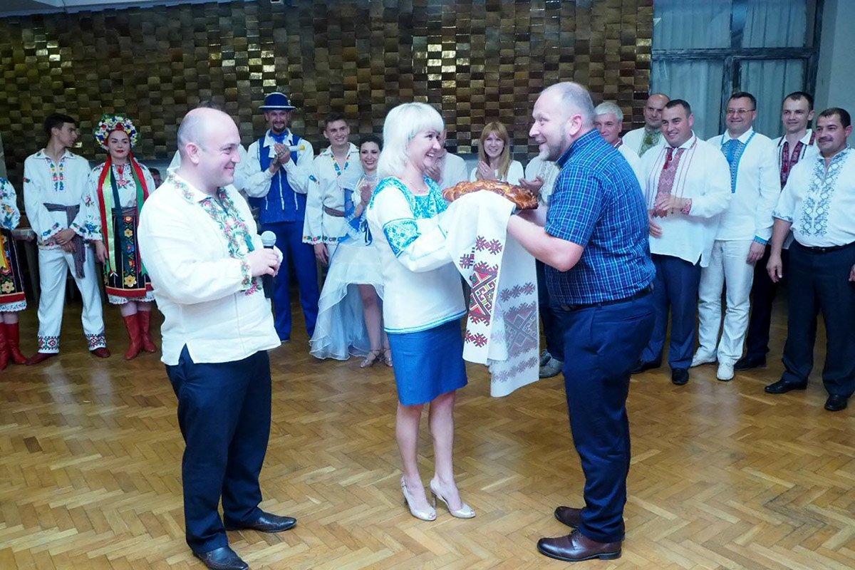 Делегація ПДАТУ прибула в Польщу у вишиванках та з концертною програмою, фото-3