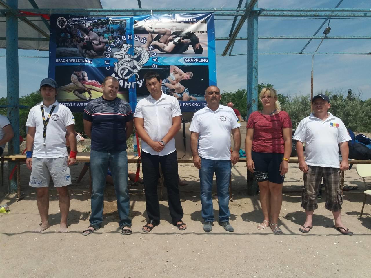 Кам'янчани стали призерами Всеукрїнського турніру з пляжної боротьби, фото-2