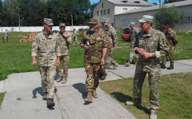 Італійські військові відвідали Кам'янець-Подільський Центр розмінування, фото-1
