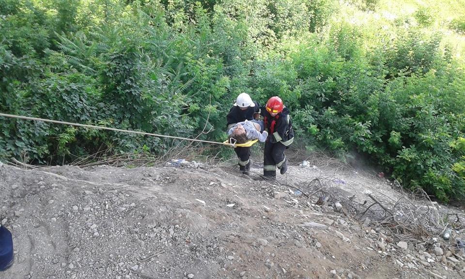 У Кам'янці жінка скоїла спробу самогубства, стрибнувши з мосту, фото-1