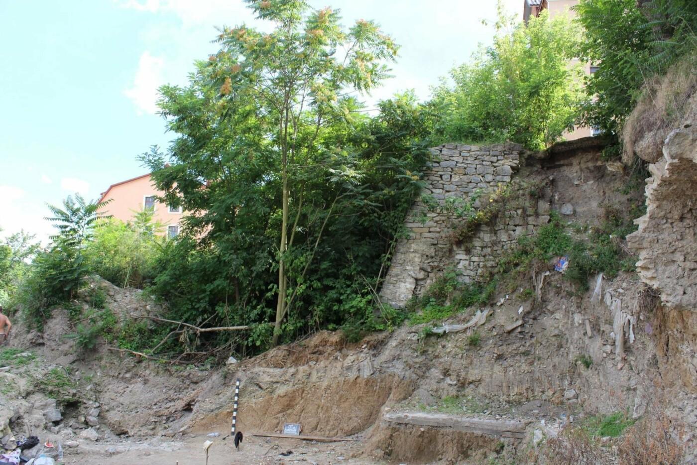 Археологи прозвітували про результати експедиції по вулиці Довгій, фото-10