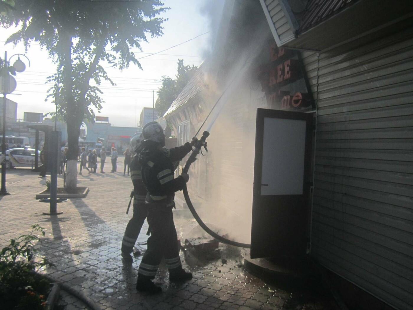 У центрі Кам'янця спалахнула пожежа: нещасних випадків не було, фото-2