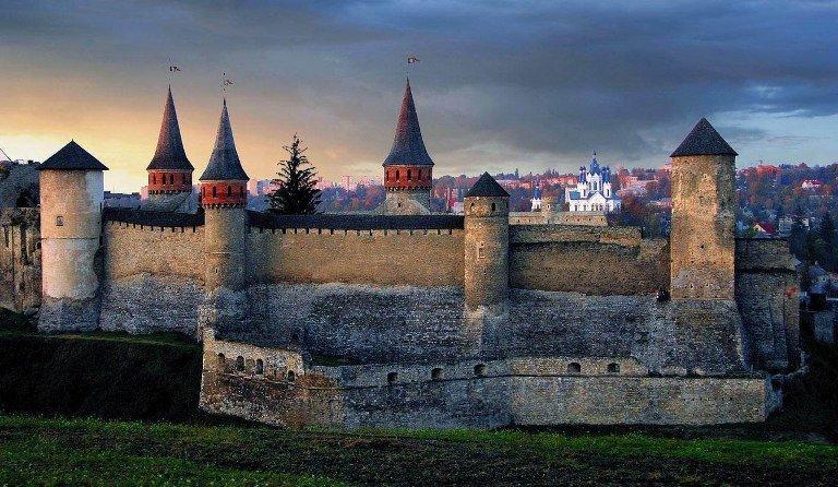 Легендарна фортеця королівського міста: історія фортеці Кам'янця, фото-3