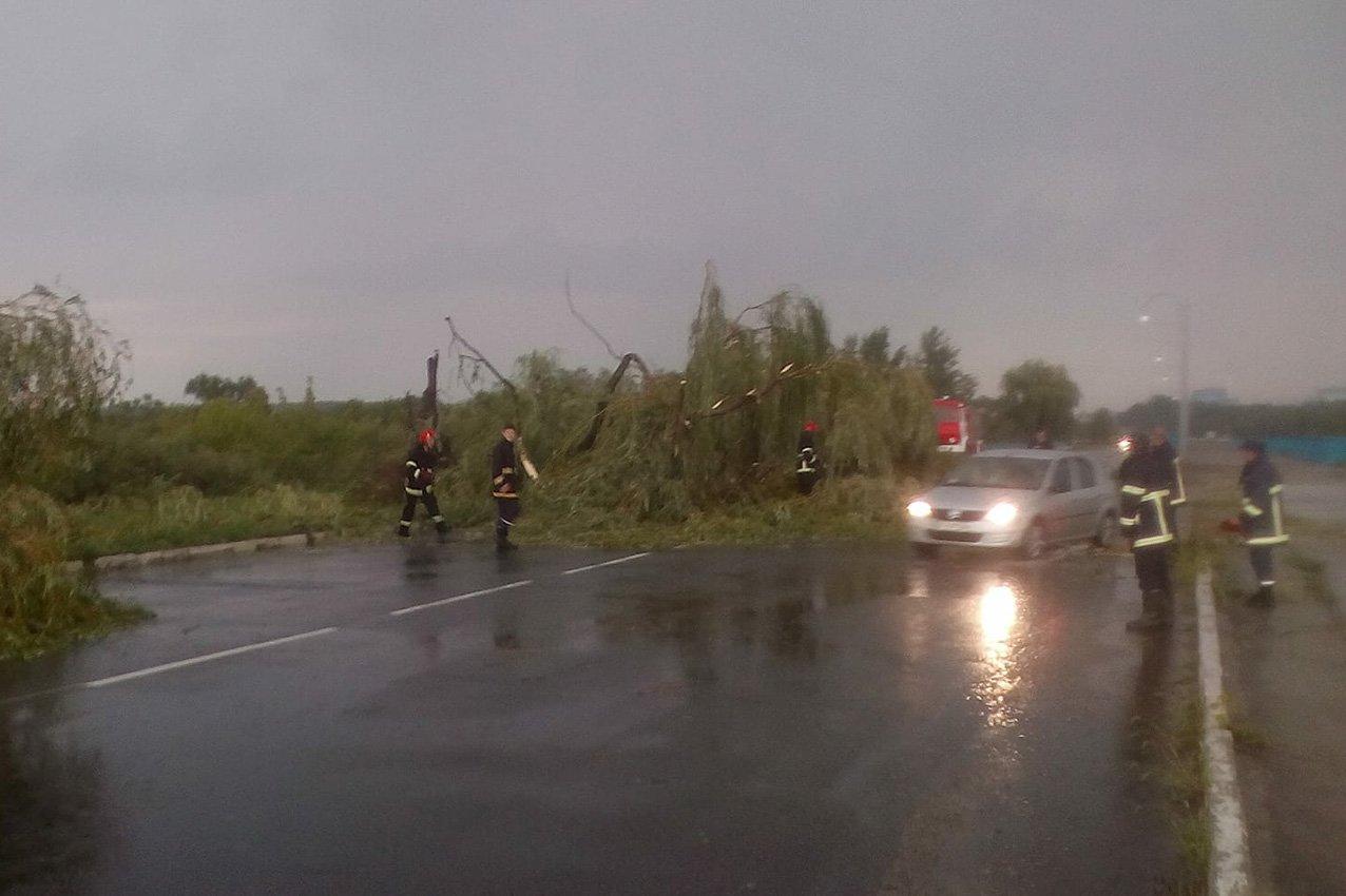 Апокаліпсис на Хмельниччині: що залишив після себе вчорашній ураган, фото-6