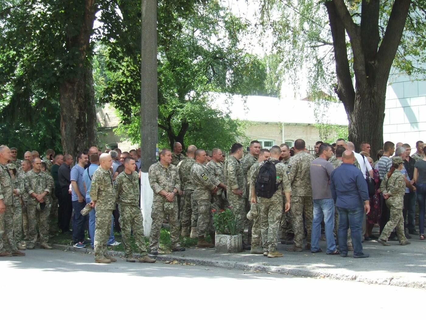 Кам'янчани попрощалися із захисником Донецького аеропорту Володимиром Откідичем, фото-3