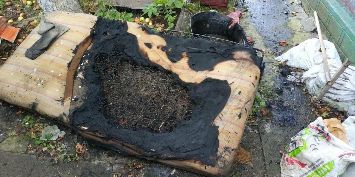 У Кам'янці-Подільському дитячі пустощі з вогнем спричинили пожежу, фото-2
