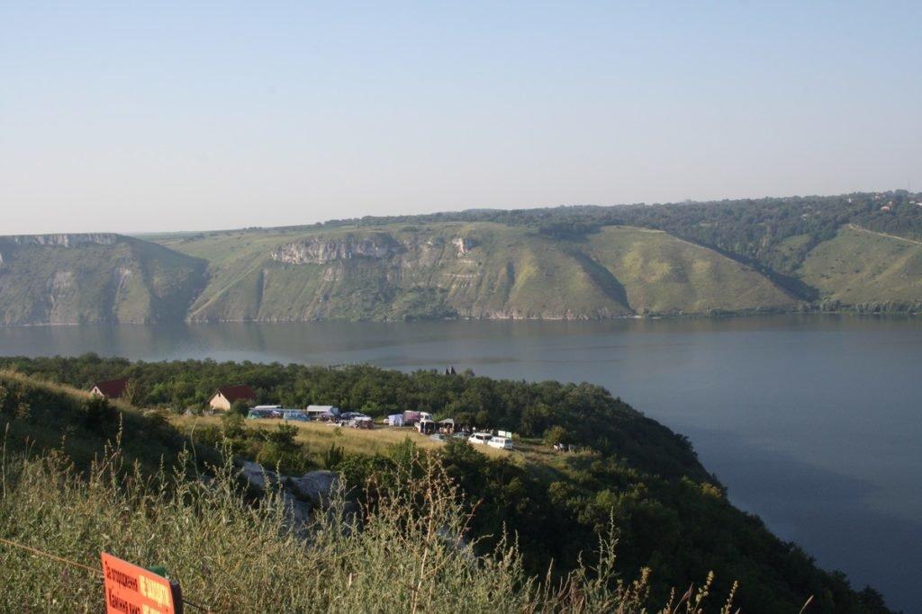 """Один раз в рік Бакотський скельний монастир """"оживає"""", фото-1"""