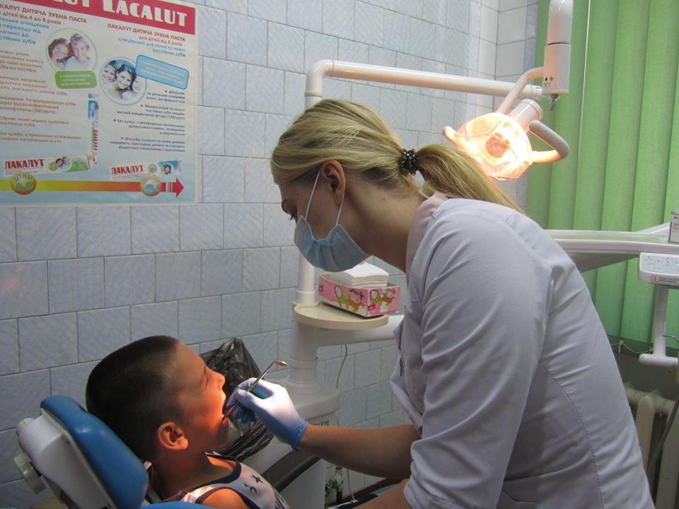 Стоматологічна поліклініка у Кам'янці не припиняє роботу навіть у період ліквідації, фото-1
