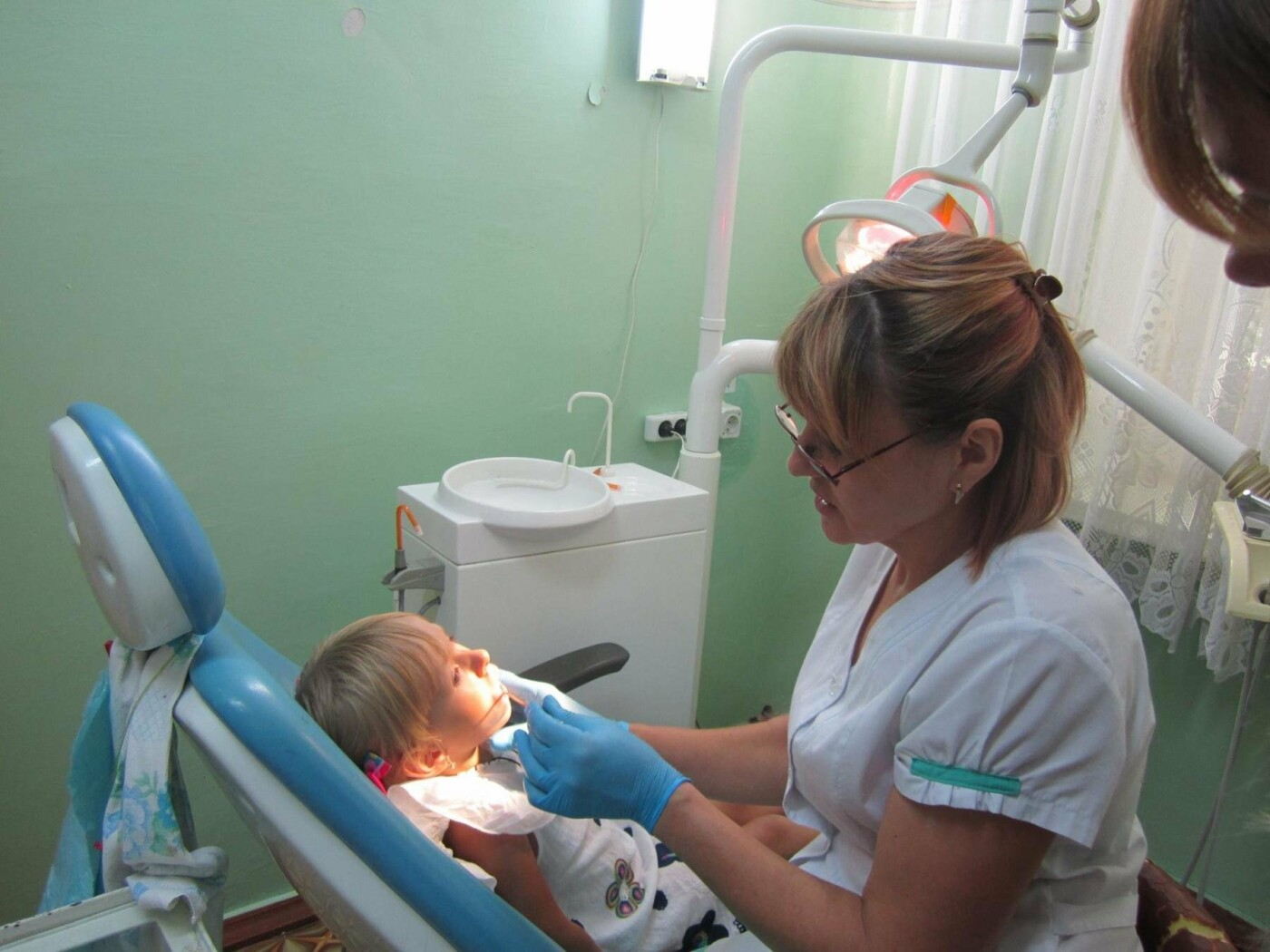 Стоматологічна поліклініка у Кам'янці не припиняє роботу навіть у період ліквідації, фото-2