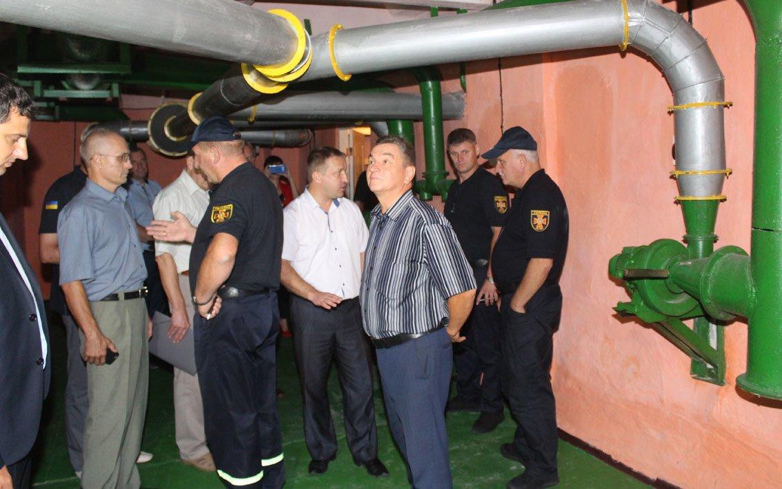Рейд по Дунаївцях: надзвичайники превірили добровільну пожежну дружину та хлібокомбінат, фото-3