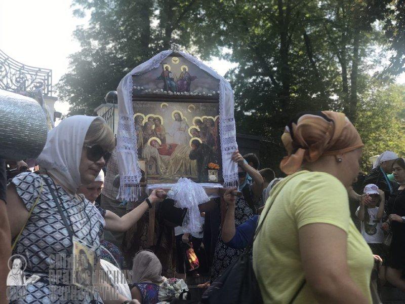 Із Кам'янця вирушив щорічний хресний хід до Почаївської лаври, фото-3