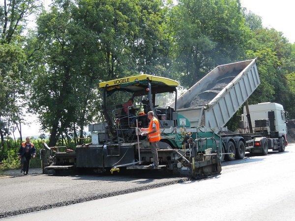 Ремонтні роботи на автодорозі поблизу м. Дунаївці завершуються, -  прес-служба САД у Хмельницькій області, фото-1
