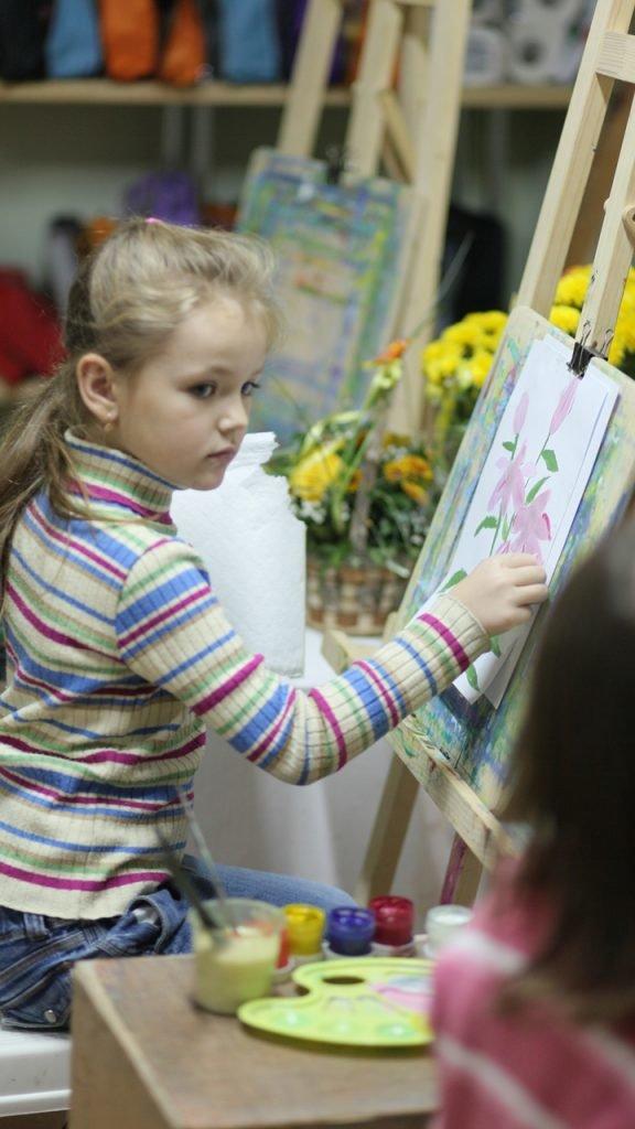 Юні митці Кам'янеччини привезли перемогу з Всеукраїнської виставки декоративно-ужиткового мистецтва, фото-1