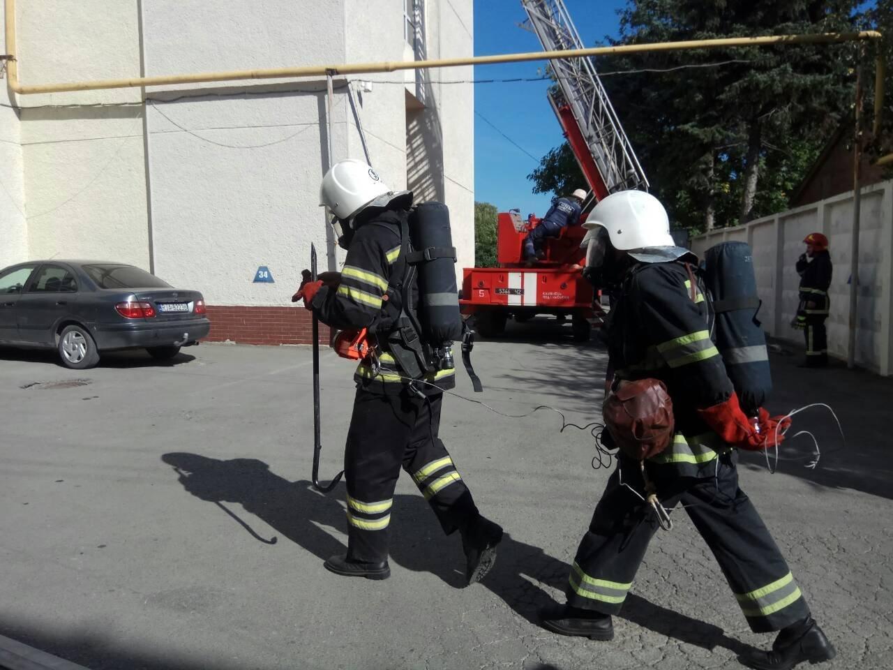 """У готелі """"7 днів"""" ліквідовували умовну пожежу, фото-3"""