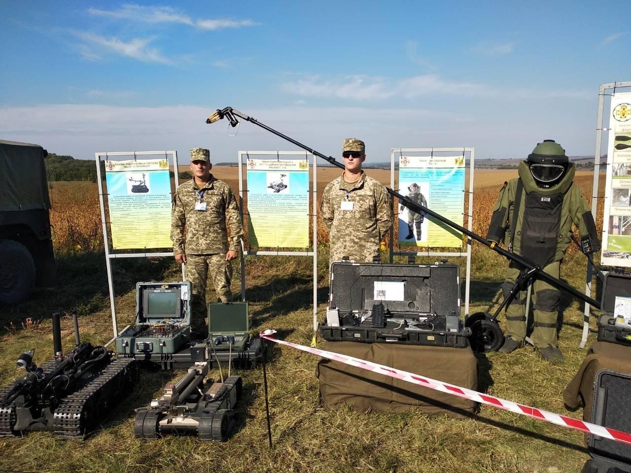 Військовослужбовці Центру розмінування взяли участь у проведенні заходів 14 окремого Пилявецького Потягу, фото-5