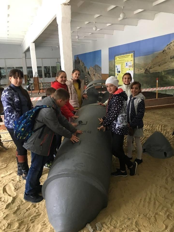 Кам'янецькі діти знайомились із особливостями військової справи, фото-5