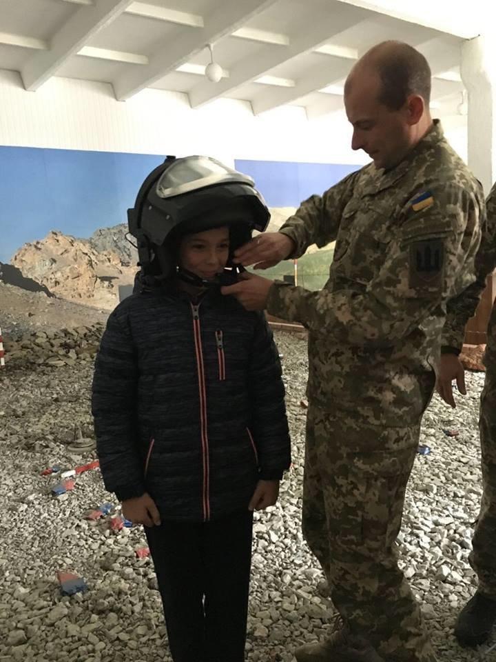 Кам'янецькі діти знайомились із особливостями військової справи, фото-9