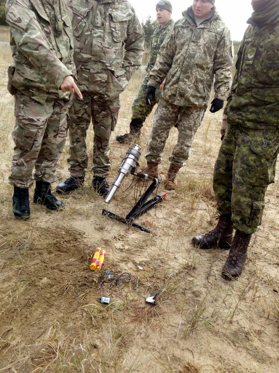 """У протидії вибуховим пристроям на """"Ardent Defender - 18"""" українські сапери найкращі, фото-3"""