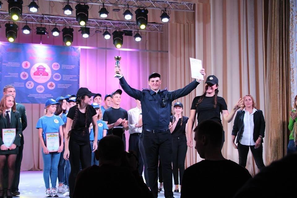 """У Кам'янці учасники патріотично-правового руху """"ХОМА"""" жартами мірялись, фото-12"""