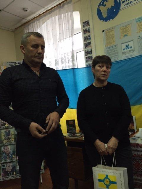 """""""Це твоя і моя війна"""": пам'ять про Миколу Гордійчука зібрала кам'янчан у районній бібліотеці, фото-6"""