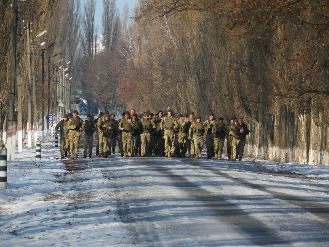 5-кілометровий марш-кидок зі штатною зброєю з нагоди 27-річниці Збройних Сил України, фото-4