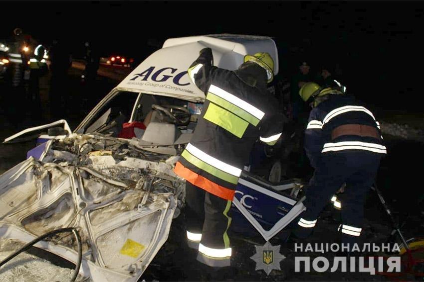 ДТП на Хмельниччині: є загиблі та постраждалі, фото-1