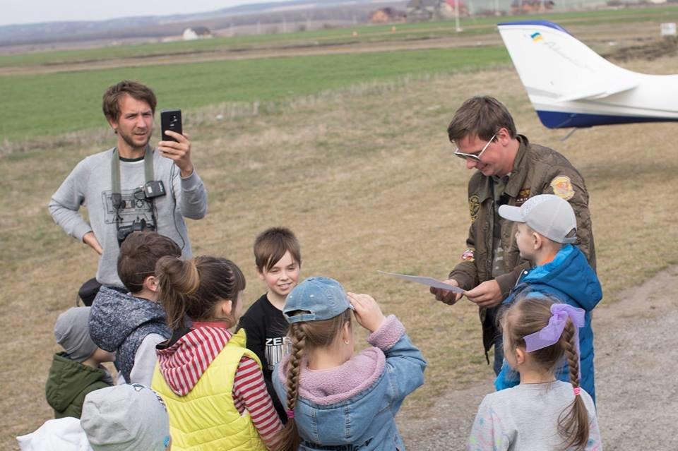 """Встановлення рекорду могло закінчитися трагічно: поблизу Кам'янця-Подільського літак раптово """"зачхав"""", фото-5"""