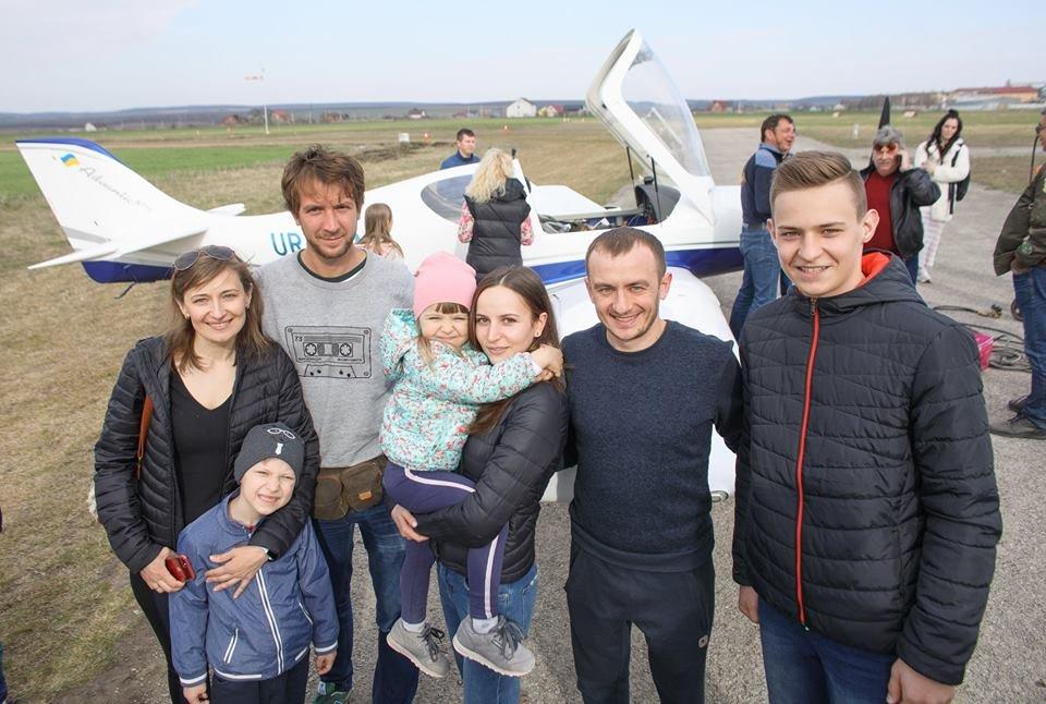 """Встановлення рекорду могло закінчитися трагічно: поблизу Кам'янця-Подільського літак раптово """"зачхав"""", фото-6"""