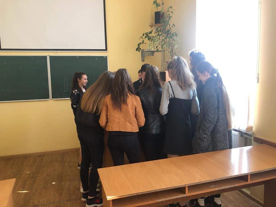 Студенти Податкового коледжу навчають школярів фінансової грамотності, фото-9