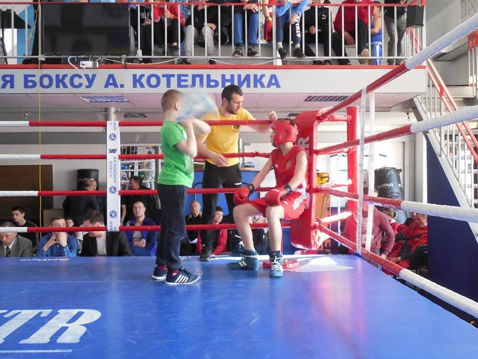 Юні кам'янецькі боксери гідно тримали удар у Львові, фото-3