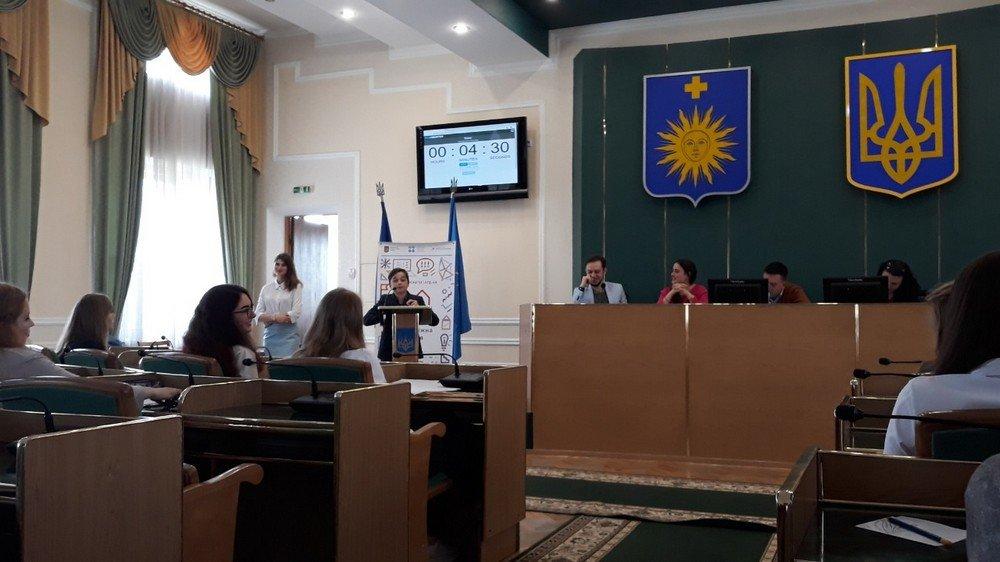 Шкільний дебатний турнір визначив переможця, фото-5