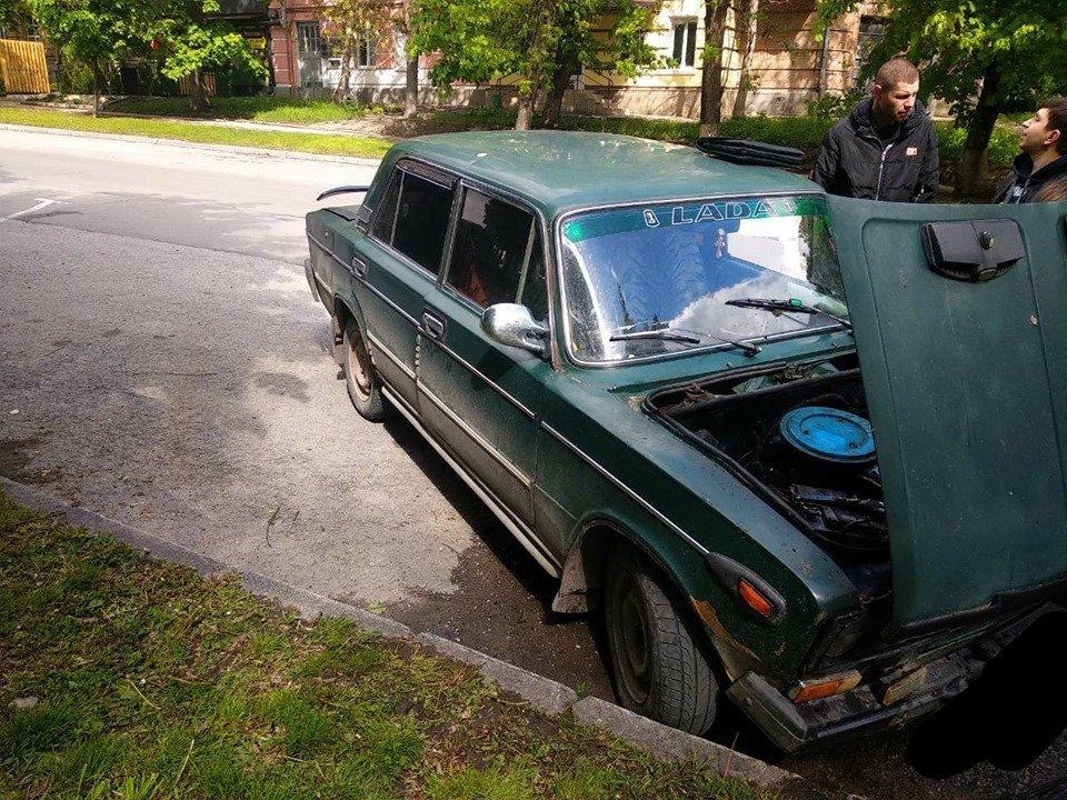 На мікрорайоні Жовтневому підпалили авто, фото-3