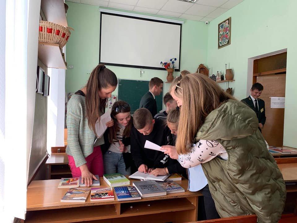 Школярі Кам'янеччини побували на судовому засіданні, фото-8