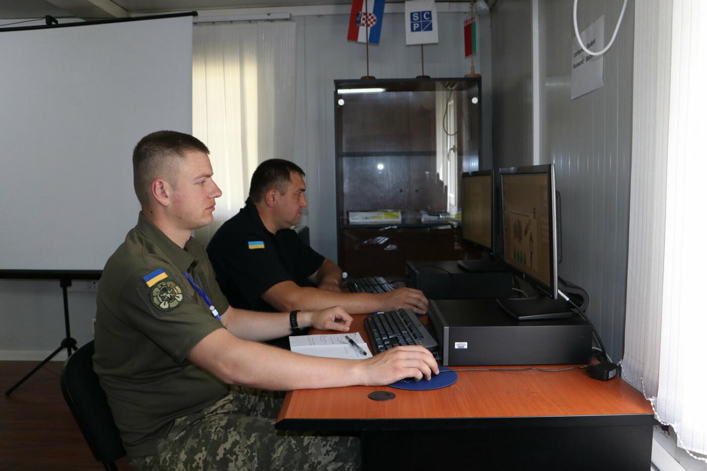 Військовий Центру розмінування пройшов підготовку інструкторів на базі ОБСЄ, фото-5, Фото: Центр розмінування
