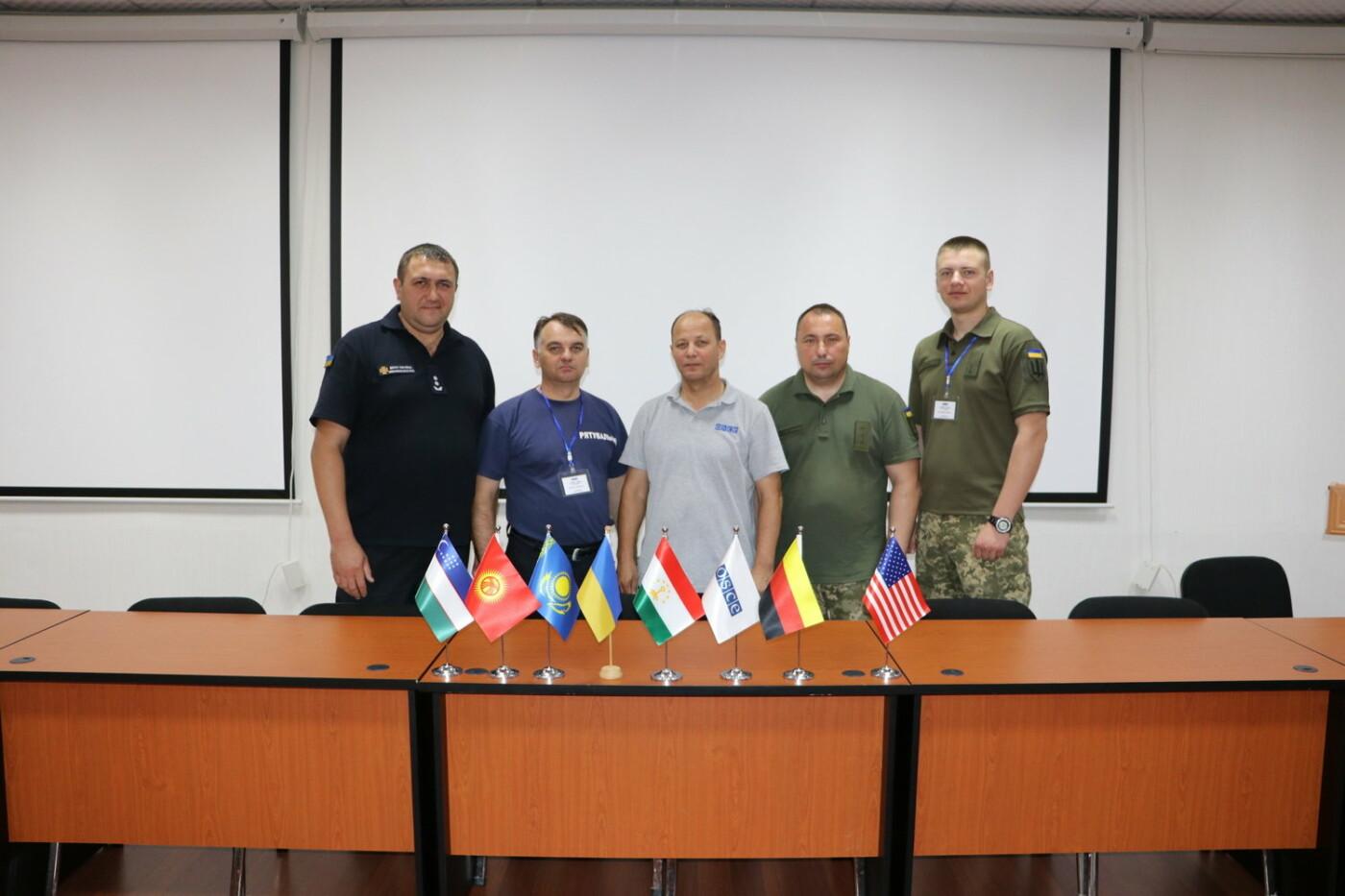 Військовий Центру розмінування пройшов підготовку інструкторів на базі ОБСЄ, фото-6, Фото: Центр розмінування