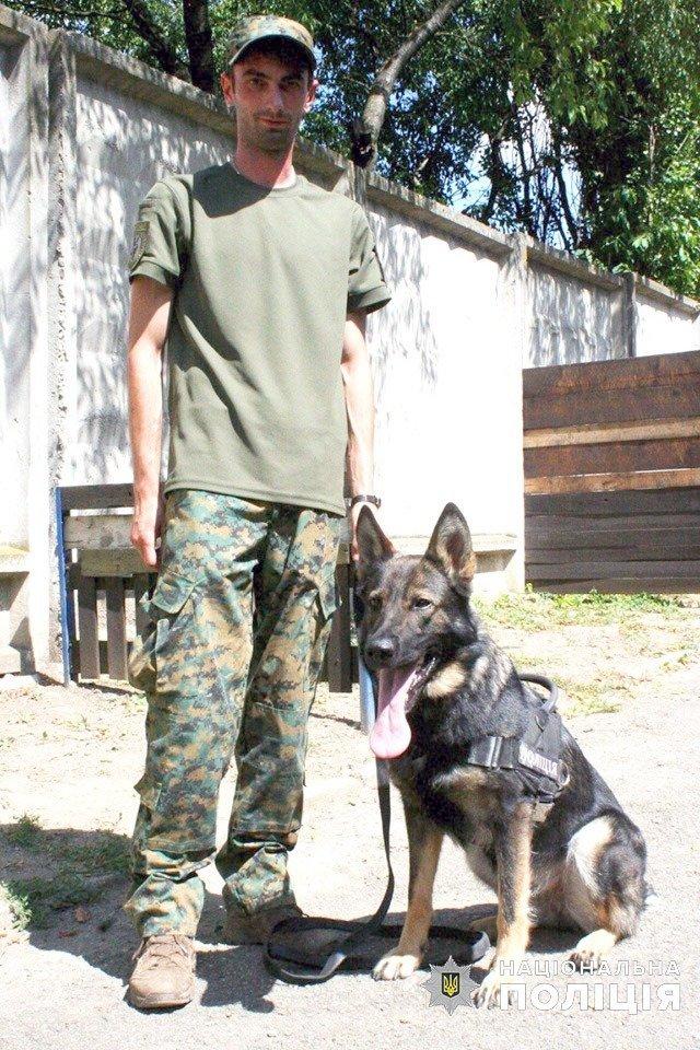 На Кам'янеччині поліцейська собака допомогла спіймати злодія, фото-1