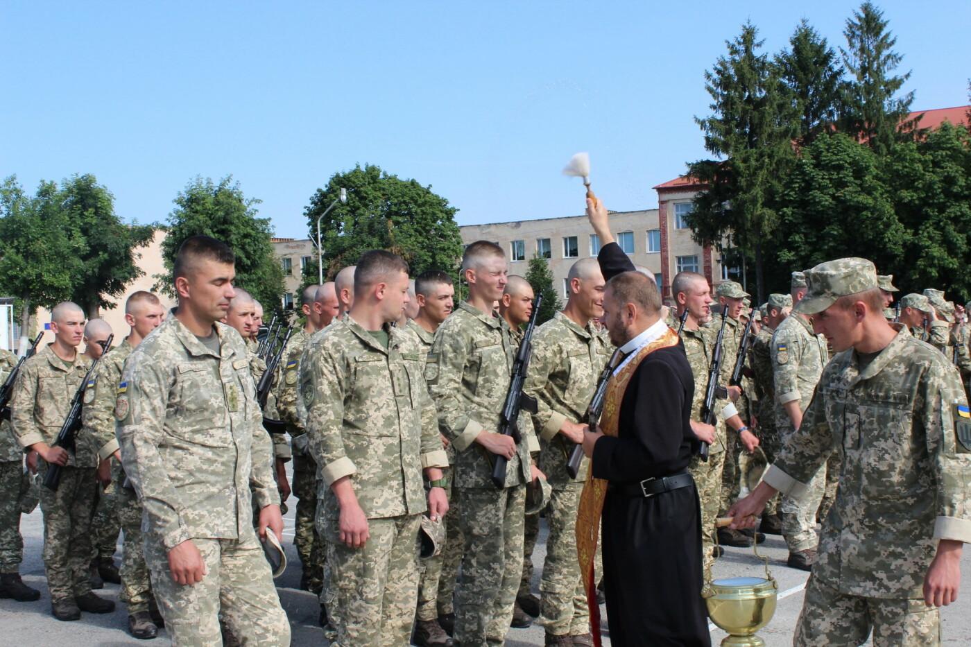 У Кам'янці 240 військовослужбовців склали присягу, фото-11, Фото: Olha Povorozniuk