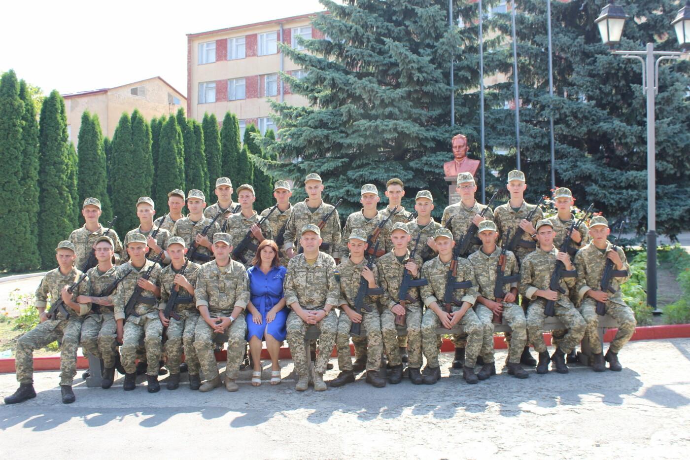 У Кам'янці 240 військовослужбовців склали присягу, фото-15, Фото: Olha Povorozniuk