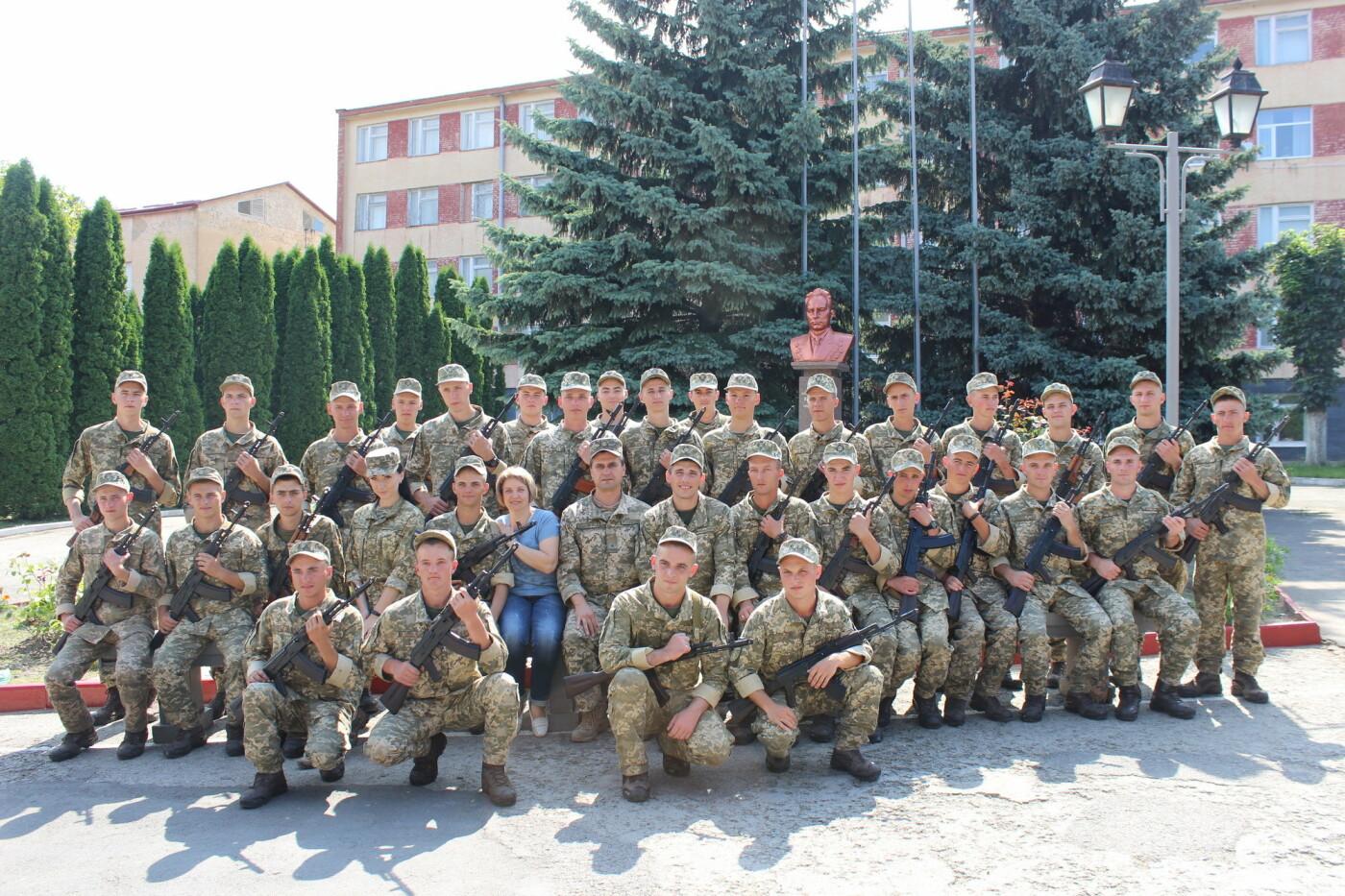 У Кам'янці 240 військовослужбовців склали присягу, фото-16, Фото: Olha Povorozniuk